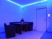 0400_Showroom_blau.jpg